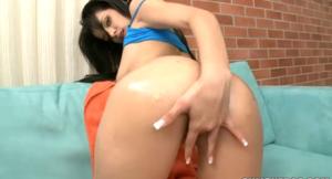 luchy-masturbandose